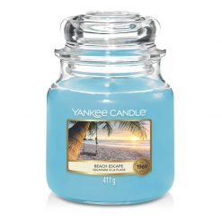 Yankee Candle Beach Escape Medium Jar Candle | 1630542E | Yankee Candle Delivery In Ireland